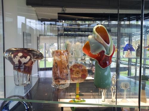 Moderne Kunstobjekte aus Glas