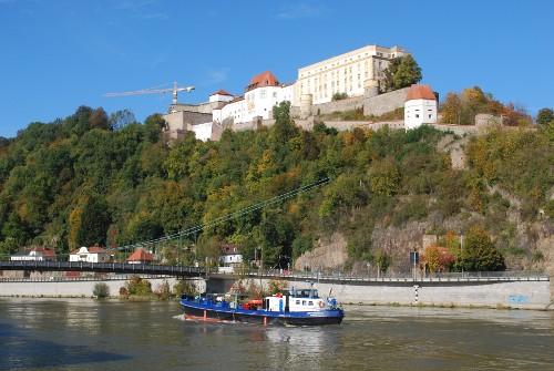 Veste Oberhaus oberhalb der Donau
