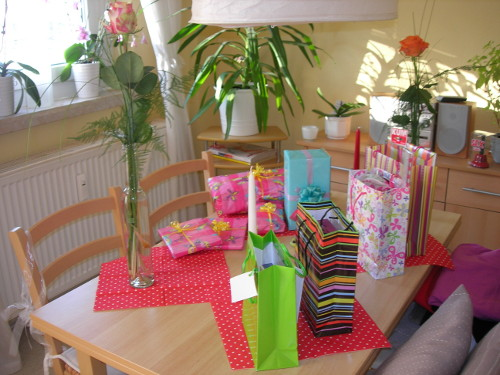 Geburtstagstisch für Vivion und Opa Fridolin
